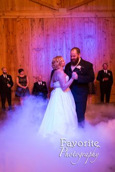 © Favorite Photography  First dance by Jacksonville wedding photographer.