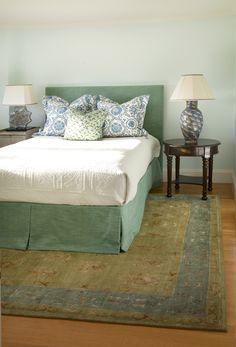 Mbr Benjamin Moore Gray Wisp Paint Sleigh Bed Oriental