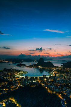 Guanabara Bay, Rio de Janeiro, Brazil   #travel #holiday #vacation #tourismus #brazil #riodejaneiro #sea #water #osean #night #lights #boats #yachts