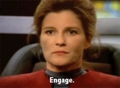 Star Trek Voyager - Captain Kathryn Janeway (Kate Mulgrew) - Sassiness Engage!