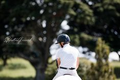 STRUGGLES OF AN EQUESTRIAN EVENT PHOTOGRAPHER // Blog post by Hester Gerrand Photography Event Photographer, Equestrian, Riding Helmets, Posts, Blog, Photography, Messages, Photograph, Horseback Riding
