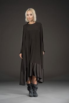 Tremendous Sewing Make Your Own Clothes Ideas. Prodigious Sewing Make Your Own Clothes Ideas. Hijab Fashion, Boho Fashion, Fashion Dresses, Womens Fashion, Dress Outfits, Casual Dresses, Elisa Cavaletti, Moda Casual, Mode Hijab