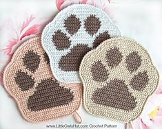 052 Paw decor, potholder, pillow Amigurumi Zabelina Ravelry Crochet pattern by Kate Sharapova Crab Stitch, Knitting Patterns, Crochet Patterns, Pdf Patterns, Single Crochet Decrease, Crochet Phone Cases, Ravelry Crochet, Crochet Potholders, Dishcloth Crochet