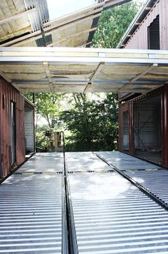 The Creative Green Design Of A Shipping Container Home - Home Decorating Trends F Container Architecture, Container Buildings, Sustainable Architecture, Container Houses, Sustainable Design, Container Home Designs, Shipping Container Homes, Shipping Containers, Casas Containers