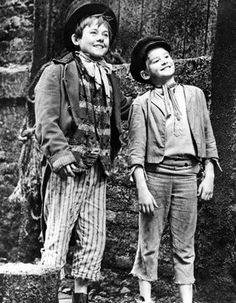 The Artful Dodger&Oliver Twist Photographs Of People, Vintage Photographs, Oliver Twist Film, Carol Reed, Artful Dodger, Nostalgia, Disney Jokes, Movie Theater, Theatre