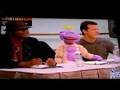 Jeff Dunham - Peanut Looks For Dancers