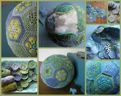 Crochet Ball, Crochet Toys, Knit Crochet, Diy Crochet Granny Square, Hexagon Crochet, Knitting Projects, Crochet Projects, Crochet Stitches, Crochet Patterns