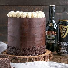 A rich chocolate cake infused with Guinness paired with a Baileys dark chocolate ganache and a Baileys buttercream. This Baileys & Guinness Cake is the perfect grown-up treat.