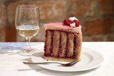 Ako na točenú, šachovnicovú či prevrátenú tortu Vanilla Cake, Tiramisu, Rum, Food Photography, Good Food, Ethnic Recipes, Desserts, Tailgate Desserts, Deserts