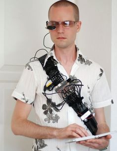 DIY Wearable Computer Turns You Into a Cyborg