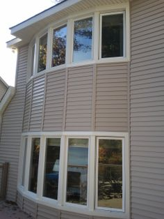 Increased Home Value Vinyl siding is a great investment. Re-siding a home is among the top ten remodeling projects in terms of overall payback.
