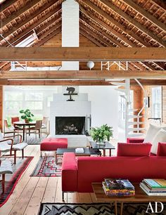 Living Room : A Rambling, Shingle-Clad Summer House in the Hamptons : Architectural Digest