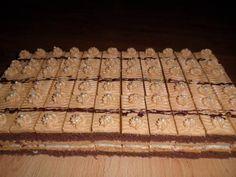 Pre milovníkov karamelu Sweet Desserts, Dessert Recipes, Czech Recipes, Cake Bars, Beautiful Cakes, Food And Drink, Sweets, Cookies, Tiramisu