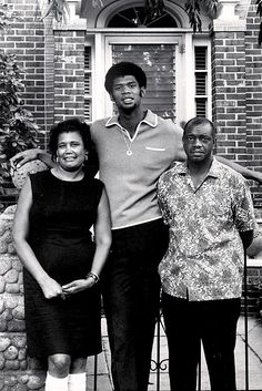 Kareem with this parents in 1969.