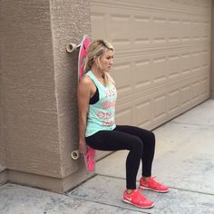 Legs & Abs skateboard workout!  double tap & tag your partner  perform 12 reps each exercise for a total of 5 sets!