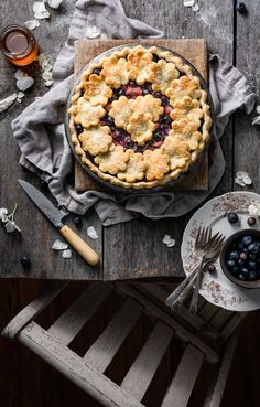 Blueberry Rhubarb Pie has a buttery flaky crust filled with fresh fruit and a hint of cinnamon. Perfect for celebrating the fourth of July! Blueberry Rhubarb Pie, Rhubarb Desserts, Blueberry Desserts, Sweet Pie, Sweet Tarts, Pie Recipes, Sweet Recipes, Baking Recipes, Dessert Recipes