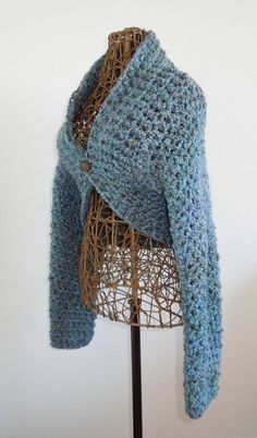 No Seam Crochet Shrug Pattern - free and easy to follow via the link at Bianchi's Barn.