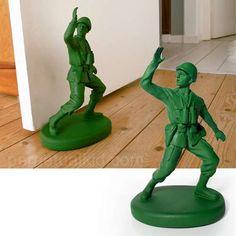 GREEN ARMY MAN DOORSTOP