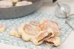 biscotti in padella alla Nutella Biscuit Cookies, Cake Cookies, Antipasto, Ricotta, Apple Pie, Italian Recipes, Sweet Recipes, Breakfast Recipes, Biscuits