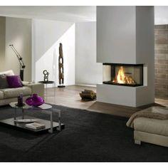 De #Spartherm Arte 3RL-100h is een mooie 3-zijdige inbouw liftdeurhaard met de hoge kwaliteit die u kunt verwachten van Sparhterm. De strakke afwerking van de Spartherm Arte 3RL-100h zorgt ervoor dat u optimaal kunt genieten van het spectaculaire en gezellige vuurbeeld wat de haard weergeeft. #Fireplace #Fireplaces #Kampen #Houthaard #Houtkachel #Interieur