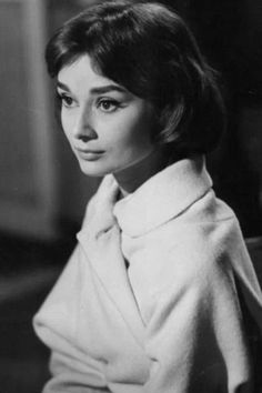 Audrey Hepburn in Love in the Afternoon, 1957 Audrey Hepburn Outfit, Audrey Hepburn Born, Audrey Hepburn Photos, Golden Age Of Hollywood, Classic Hollywood, Old Hollywood, Role Models, Vintage Photos, Actors & Actresses
