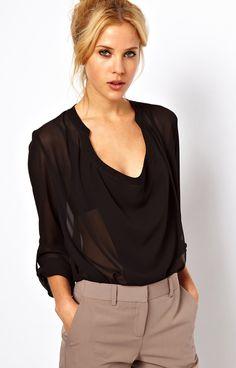 Blusa gasa escote pico-Negro $MXN391.96