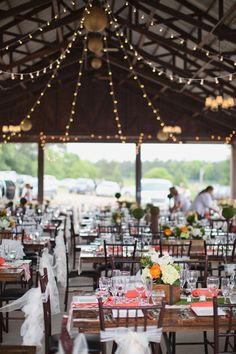 pavilion wedding reception http://www.weddingchicks.com/2013/09/05/hope-glen-farm/