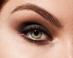 Pro secrets to mastering a bold brow.