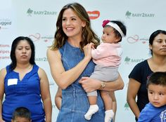 Jennifer Garner from The Big Picture: Today's Hot Pics  Cuties! The actress holds an adorable child during a charity event in NYC.