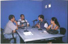 Entrevista a políticos en Radio Éxito de Ica.