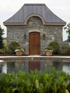 what pool house!  who wouldn't want to stay here?  beautiful!
