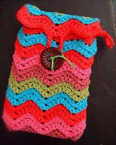 Crochet Ipod Cover: Glorious rainbow colours