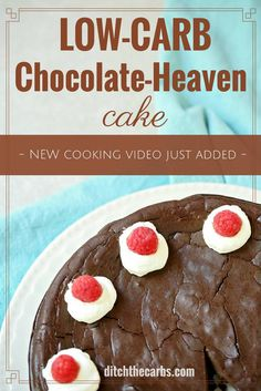 Seriously the BEST low-carb chocolate-heaven cake on the internet!!!! AND with a quick cooking video to prove it. Perfect for birthday parties for adults and children too. Gluten free and super easy to make. | ditchthecarbs.com via @ditchthecarbs