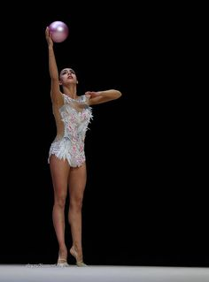 Margarita Mamun (Russia) got 19.000 ! points for ball at Qualifications, Olympic Games 2016