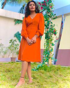 Surbhi Chandna, Indian Tv Actress, Tv Actors, Bollywood Stars, Best Couple, Wrap Dress, Actresses, Beautiful, Cocktail