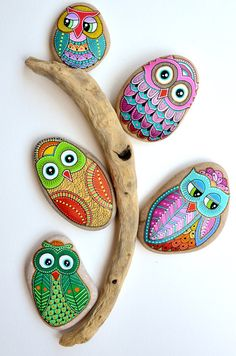 Hand Painted Pebble Owl / Beach Stone with hand-painted designs in acrylics © Sehnaz Bac 2016  I paint and draw all of my original designs by hand with the small brushes or paint pens with extra fine tip. I use also different inks. No stencils are used. All designs are created with my imagination.  These pebbles were found on the beaches of Adriatic Sea. Each was chosen for its shape, smoothness and uniformity. They are protected with 2 or 3 layers of high quality glossy acrylic varnish coat…