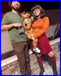 Cute Couple Halloween Costumes, Diy Couples Costumes, Halloween Outfits, Halloween Kids, Halloween Couples, Diy Costumes, Family Costumes For 3, Group Costumes, Homemade Costumes