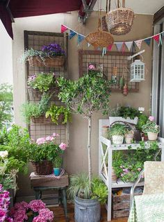 How to Make the Most of Your Seriously Small Apartment Balcony ...