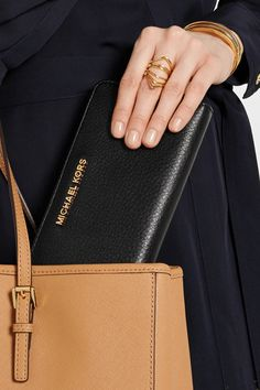 Enter your email to go into a draw to win a Michael Kors Wallet! Fashion For Petite Women, Womens Fashion For Work, Bee Embroidery, Smart Styles, Casual Hairstyles, Michael Kors Wallet, Continental Wallet, Giveaway, Fashion Shoes