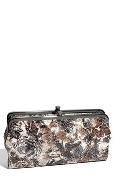 Love these colors. Love this classic clutch.