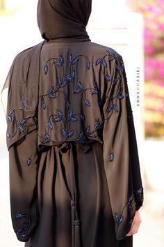 islamic headwear Burqa Fashion, Muslim Fashion, Hijab Fashion, Muslim Dress, Hijab Dress, Abaya For Sale, Black Abaya, Asian Model Girl, Abaya Dubai