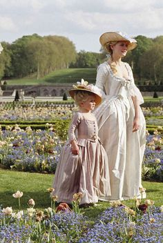 Kirsten Dunst in Marie Antoinette   JJ, lets dress like this and go for tea:)