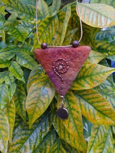 fiberrainbow - Maggie S. Fiber Art Jewelry, Textile Jewelry, Fabric Jewelry, Jewelry Art, Felted Jewelry, Textile Art, Jewelry Rings, Jewellery, Felt Crafts