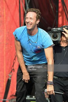 Musician Chris Martin of Coldplay performs on stage at the 2015 Global Citizen Festival to end extreme poverty by 2030 in Central Park on September 26, 2015 in New York City.