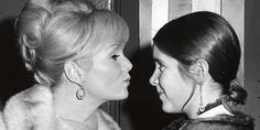 Debbie Reynolds And Carrie Fisher Will Be Buried Together In Joint Funeral Service #Entertainment_ #iNewsPhoto