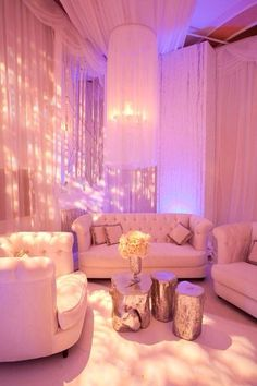 Pink theme lounge... Will change pink backdrop though