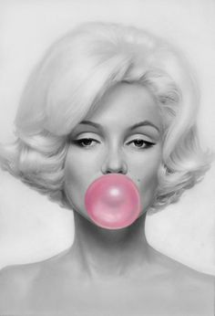 Marilyn Monroe  Pink Bubble Gum....LARGE PHOTO !