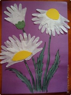Flowers from handprints - Easy Crafts for All Spring Crafts For Kids, Daycare Crafts, Paper Crafts For Kids, Summer Crafts, Toddler Crafts, Crafts To Do, Art For Kids, Footprint Crafts, Handprint Art