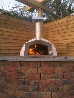 etna 600 #etnaoven #pizzaoven #outdooroven #woodburningoven #traditionaloven #traditionalcooking #traditionalpizza #woodfireoven #outdoorcooking #notjustpizza #backyardcooking #theoriginalbbq #paleocooking #gardenaccessory #backyardmusthave #manlycooking #artisancooking #outdoorinspiration #fornoalegna #fouràpizza #hornodepizza #pizzaofen #pizzaovn #pizzauuni #piecdopizzy #giftideas