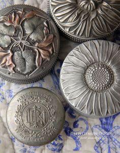 Raindrops and Roses Vintage Vanity, Vintage Tins, Vintage Buttons, Vintage Love, Vintage Beauty, Vintage Silver, Raindrops And Roses, Ivy House, Trinket Boxes